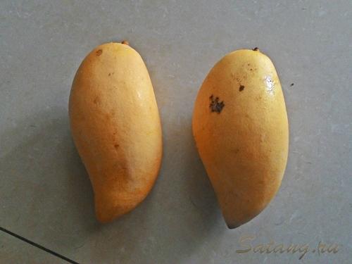 Два манго за 20 бат!