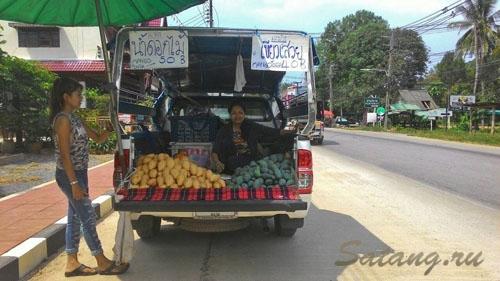 Дешевые фрукты Ко Чанг